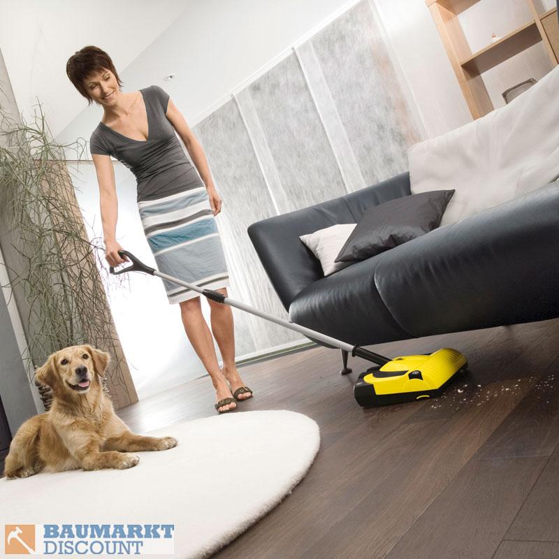 k rcher akku besen k 55 plus standard und tierhaarb rste. Black Bedroom Furniture Sets. Home Design Ideas